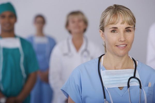 Krankenhaus_abhaengige_Beschaeftigung_Fotolia_1899411_Subscription_carlosseller