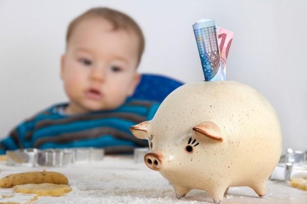 Kindergeld_Berufsausbildung_Fotolia_28373464_Subscription_klein_st-fotograf