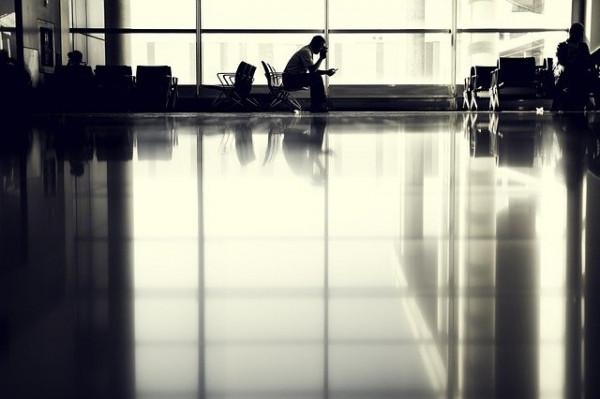 airport-802008_640